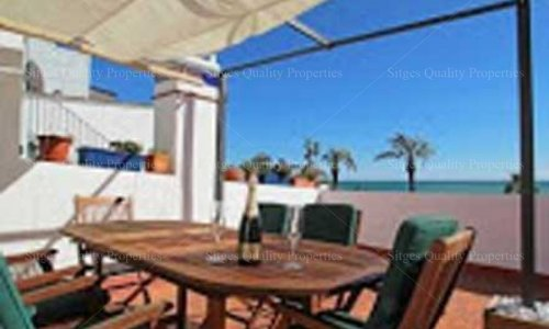 <span>Holiday Rental: </span>3 Bed Apartment Sitges, Beach Front ,
