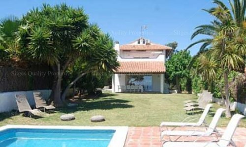 <span>Holiday Rental: </span>5 Bed Detached Villa with Pool Sitges, Valpineda,