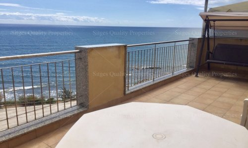 <span>To rent: </span>3 Bed Front line Apartment Sitges, San Sebastian,