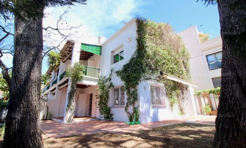 <span>To rent: </span>3 Bed Town house Sitges, Town Center,
