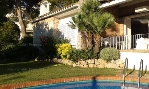 <span>To rent: </span>6 Bed Detached Villa Sitges, Valpineda,